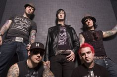 Photo of Avenged Sevenfold for fans of Avenged Sevenfold 35842131 Jimmy The Rev Sullivan, High School Crush, Zacky Vengeance, Synyster Gates, Actor James, Avenged Sevenfold, Most Beautiful Man, Cool Bands, First Love