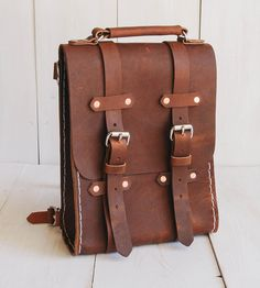 Small Brown Leather Rucksack//