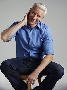 anderson cooper  i love his giggle