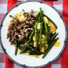 green beans with onion and grated lemon in buckwheat noodles#organic #food #organicfarming #pure #nature #plantbased #igers #healthy #lifestyle #yoga #luxury #delicious #fitness #ironman #glutenfree #wheatfree #bike #run #homemade #fresh #lemon #family #friends #happy #enjoy  detox glten free healthy cleaneating