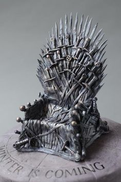 Game of Thrones: Cake is Coming. | Cakes by Caralin