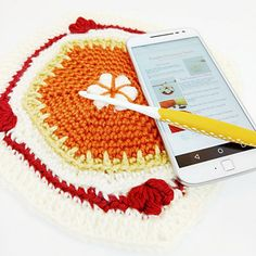 Crochet Fall, Free Crochet, Cat Crochet, Crochet Square Patterns, Crochet Squares, New England Fall, Fall Deco, Knitted Hats, Free Pattern