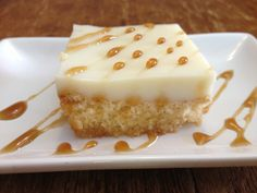 Sweet 'civic' with cream and cinnamon! Candy Recipes, Cinnamon, Recipies, Cheesecake, Food And Drink, Jar, Sweets, Cream, Cooking