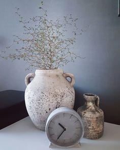 brynxz pot met honingplant en betonlook tafelklokje