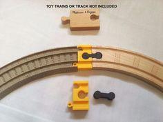Train old Trackmaster Adapter Plastic wood Thomas Tomy Brio battery track MF set American Girl Toys, Paper Train, Thomas The Train, Brio, 3d Printer, Track, Plastic, Christmas, Prints