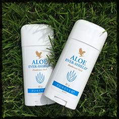 Aloe Ever-Shield Deodorant provides effective, all-day protection. This gentle yet powerful product is non-irritating and does not stain clothes. The aloe vera formula contains no alcohol or harsh aluminium salts usually found in antiperspirant deodorants and can be used to soothe after underarm shaving and waxing. This deodorant also offers a clean, pleasant scent that's not overpowering. you can locate this product in the personal care range Forever Living Company, Forever Living Business, Forever Living Products, Aloe Vera Skin Care, Aloe Vera Gel, Deodorant, Cellulite, Forever Freedom, Aleo Vera