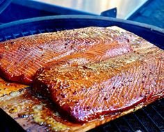 Salmon season is pretty much over and I'm so bummed I didn't get any this year. So jealous of this spread. Pic and salmon courtesy of @dwpbbq - Honey Glazed Columbia River King #Salmon dusted with #honeyhog @meatchurch . . . #Grill #Grilling #BBQ #Barbecue #GrillPorn #FoodPorn #Seafood #Salmon #Fish #GrilledSalmon #GrilledFish #Food #FoodPhotography #Foodstagram #InstaFood #FoodPics #foodphotos #Foodgasm #Meat #MeatPorn #Paleo #GlutenFree #EEEEEATS #ForkYeah #ManFood #instagood #instacool…