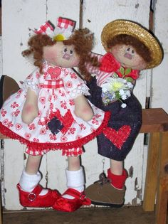 The dolls are done!...The pattern is almost done!...Should be done by tomorrow night!...I just listed the set on ebay so if you are interest...