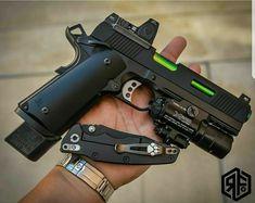 Save those thumbs Weapons Guns, Airsoft Guns, Guns And Ammo, Custom Guns, Custom 1911 Pistol, Armas Ninja, Military Guns, Cool Guns, Survival Gear