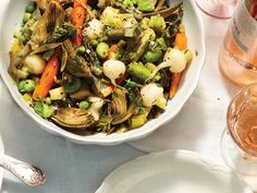 Observe Natl Fresh Fruit and Vegetable Month with French Spring Vegetable Stew! This stew is full of spring vegetables—from artichokes to asparagus to peas—making it a great starter or entrée with a crusty baguette. Korma, Biryani, Vegetarian Stir Fry, Vegetarian Entrees, Fava Beans, Vegetable Stew, Vegetable Dishes, Fried Pork, Bean Recipes
