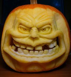 Today I am unleashing before you best cool, creative & scary Halloween pumpkin carving designs & ideas of 3d Pumpkin Carving, Awesome Pumpkin Carvings, Food Carving, Pumpkin Art, Pumpkin Faces, Pumpkin Ideas, Dog Pumpkin, Scary Halloween Pumpkins, Scary Pumpkin