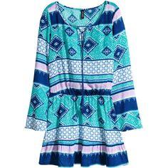 H&M Crêpe dress ($18) ❤ liked on Polyvore featuring dresses, turquoise, pattern dress, long print dress, long v neck dress, h&m dresses and long patterned dress