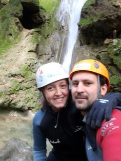 Times that you need to disconnect from the daily routine, stress and technology. Download tensions and recharge with positive energy. Let life surprise you!!! #SaltdesFreu  #canyoning #Mallorca #fun #barranco #orient #adventure #nature #letlifesupriseyou #positive #adventure #mallorcacanyon #coanegra #bewater #water #goodmoments #disconnect
