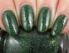 China Glaze - Winter Holly