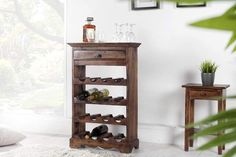 Massives Weinregal Hemingway Mahagoni Flaschenregal Kolonialstil Riess AmbienteRiess Ambiente Wat is Avant-garde meubels? Barrister Bookcase, Ladder Bookcase, X 23, Bookcase Styling, Bottle Rack, Shabby, Practical Gifts, Solid Wood Furniture, Light Colors