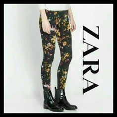 Zara Floral Skinny Jeans Excellent, pre-loved condition Size 2  ➕ Bundle 2+ items and receive a 15% discount  Always shipping same day or next day  Please feel free to ask questions Zara Jeans Skinny