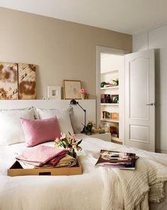 Dormitorio en color beige. Color beige para las paredes de dormitorios.