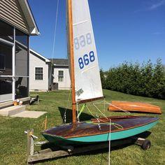 Griff: A Vintage Moth Boat