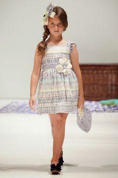 Presentamos una parte de la colección de ropa para niños y niñas de Foque que nos tiene preparados para la temporada Primavera-verano 2014....