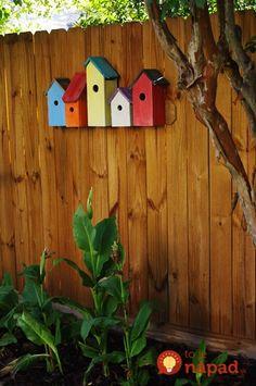 Tyto ptačí budky vznikly z obyčejného dřevěného odpadu!