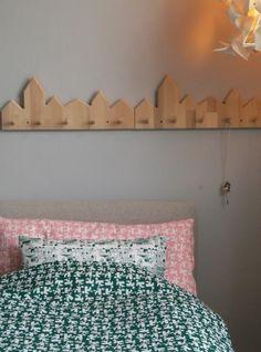 Tas-ka sengetøy og Tas-ka knaggrekke