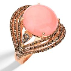 Casual Collection - Ring in 18k rose gold with round brown diamonds and pink opal.