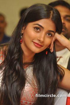 Pooja Hegde #4