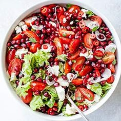 Salad with cherry tomatoes, pomegranate and feta Healthy Vegetarian Food : Good Healthy Recipes, Raw Food Recipes, Veggie Recipes, Healthy Cooking, Salad Recipes, Diet Recipes, Vegetarian Recipes, Healthy Eating, Cooking Recipes