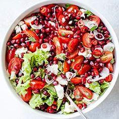Sałatka z pomidorkami koktajlowymi, granatem i fetą   Kwestia Smaku