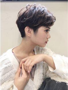 Asian Short Hair, Short Hair Cuts, Short Hair Styles, Cute Haircuts, Cool Hairstyles, Cortes Pixie Cut, Hair Reference, Cut My Hair, Aesthetic Hair