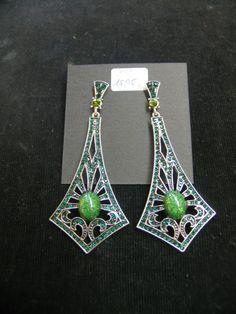 addbd98bd430 Pendientes en plata con piedra en verde. Pope Complementos ...