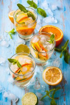Statt Zitronen könnt ihr für die selbstgemachte Limonade auch Orangen verwenden