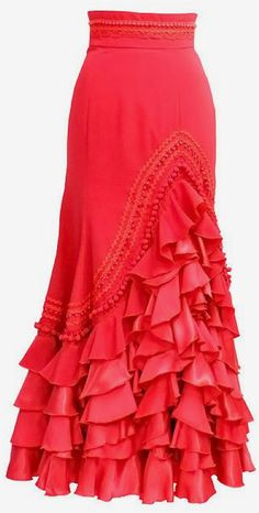 Tall Fashion Tips .Tall Fashion Tips Spanish Dress Flamenco, Flamenco Skirt, Long Skirt Fashion, Boho Fashion, Fashion Dresses, Spring Fashion, Fashion Tips, Dance Outfits, Dance Dresses