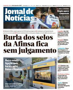Uma mãe e o filho de quatro anos foram atropelados, esta segunda-feira de manhã, por um carro na rua do Coronel Almeida Valente, no Porto.