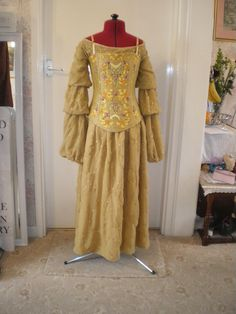 padme picnic dress for sale Picnic Outfits, Picnic Dress, Padme Costume, Star Wars Dress, Star Wars Padme, Star Wars Costumes, Cosplay Tutorial, Prom Dresses, Summer Dresses