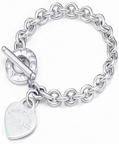 Return to Tiffany & Co Heart Tag Toggle Bracelet OMG! I did not know they had an outlet!!