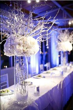Simple and Elegant winter wedding centerpieces.