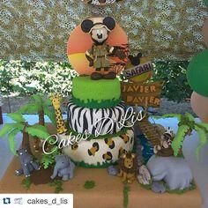 #mulpix Una espectacular torta de cumple con motivo de Mickey Mouse de Safari! Llena de hermosos y delicados detalles, colores y muchísimo sabor!!! Es el talento de nuestra querida amiga @cakes_d_lis  Los mejores proveedores de fiestas y eventos de Venezuela están aquí, regístrate ya en nuestra base de datos pinchando el link de nuestro perfil.  #tufiestavenezuela  #tufiestatips  #torta  #tortatfv  #fiestainfantil  #fiestainfantiltfv  #detalles  #detallestfv  #decoracion  #decoraciontfv…
