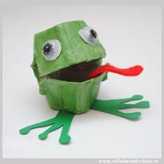 Egg box Frog craft Oh the humble frog- and why are they so much more appealing than the frog?! Well... perhaps it's the Toad's warts? just a thought.... And maybe we like a lily pad? Frogs do like to spend…