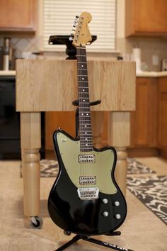 "You are looking at a 1998 Fender Toronado (MIM) that has been upgraded with the following:Gretsch Filtertron pickupsEmerson Pots and CapsSwitchcraft right angle 3 way toggle switchSwitchcraft 1/4"" jackBrushed gold pickguard from PickguardianFender locking tunersThis guitar is truly incredible. Ve..."