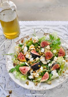 Salade met verse vijgen, geitenkaas en pistachenoten | Diner Recipes, Salad Recipes, Healthy Recipes, Healthy Food, A Food, Food And Drink, Queso Feta, Feel Good Food, Salad In A Jar