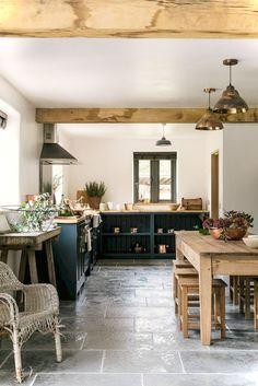10 Best Country Kitchen Design Ideas And Decorations For 2018 Countrykitchen Countryki Country Kitchen Designs Rustic Kitchen Farmhouse Style Kitchen Decor
