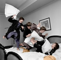 herearethebeatles: Beatles' pillow fight at the George V Hotel...
