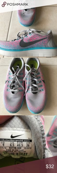 Womans Nike sneakers size 9 Got these but not my size worn once Nike Shoes Athletic Shoes