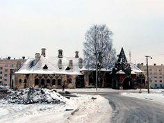 Re: The train station at Tsarskoe Selo Emperor Pavillion