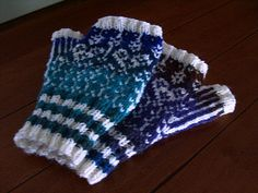 Free pattern found on ravelry. Beautiful gloves, definitely need to knit a pair of these up.