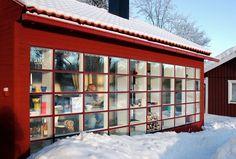 Spröjs House - A private house with a large mullion window - Norrtälje, Sweden