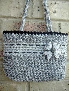 Cute bag - free crochet pattern by Annie-me