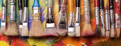 Paintbrushes for Acrylics: Beginner's Guide Explaining Shapes, Sizes & Bristles