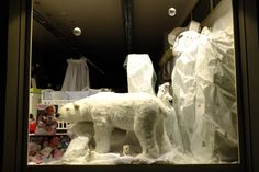 Punto vendita #Oristano #iobimbosardegna #natale #negozi #allestimento #orsopolare